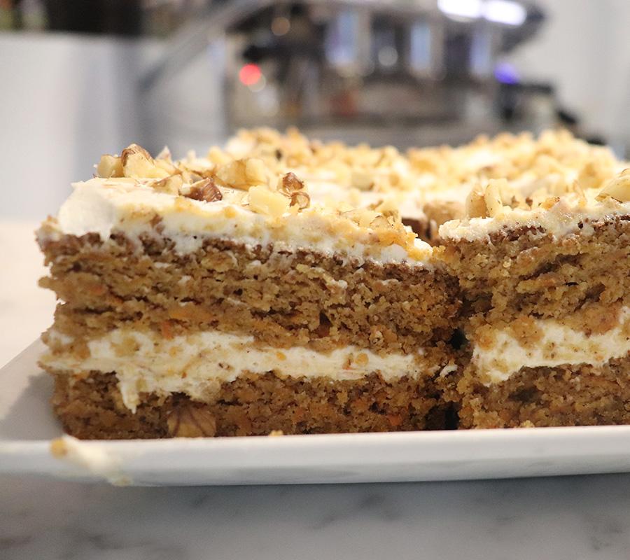 Piazza Italia: Keto Carrot Cake
