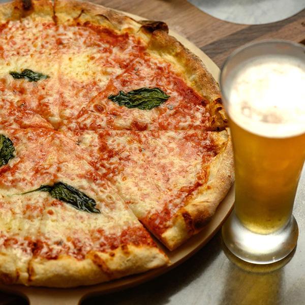 Piazza Italia: Pizza & Beer